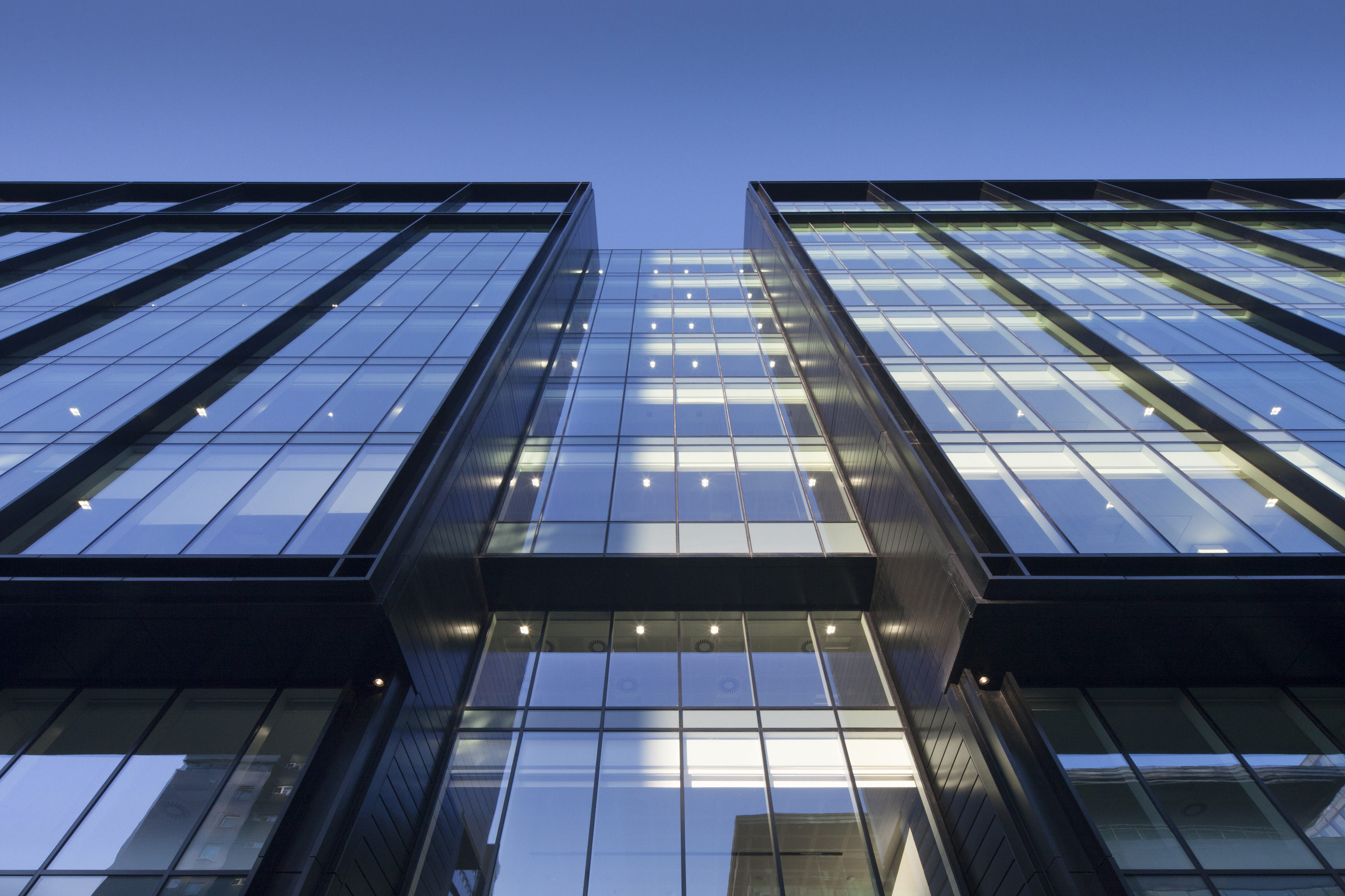 Advanced Glass Coating Helps Deliver Breeam Excellent For